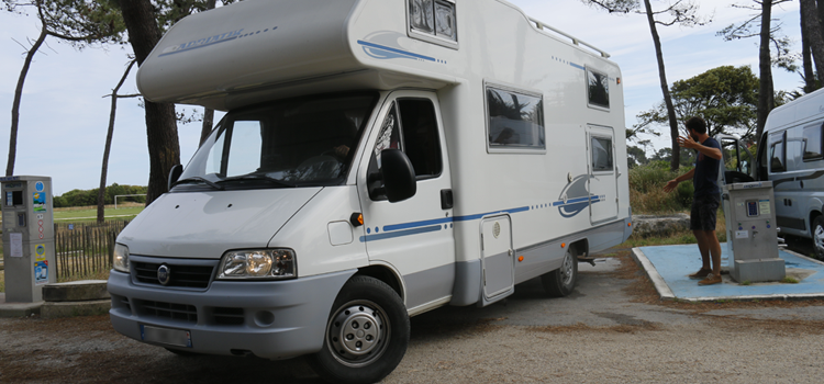 aire camping car stationnement